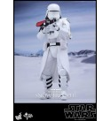 Hot Toys 1:6 Scale Star Wars The Force Awakens First Order Snowtrooper Officer Toy (White)